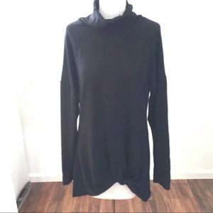 Black front knot pullover